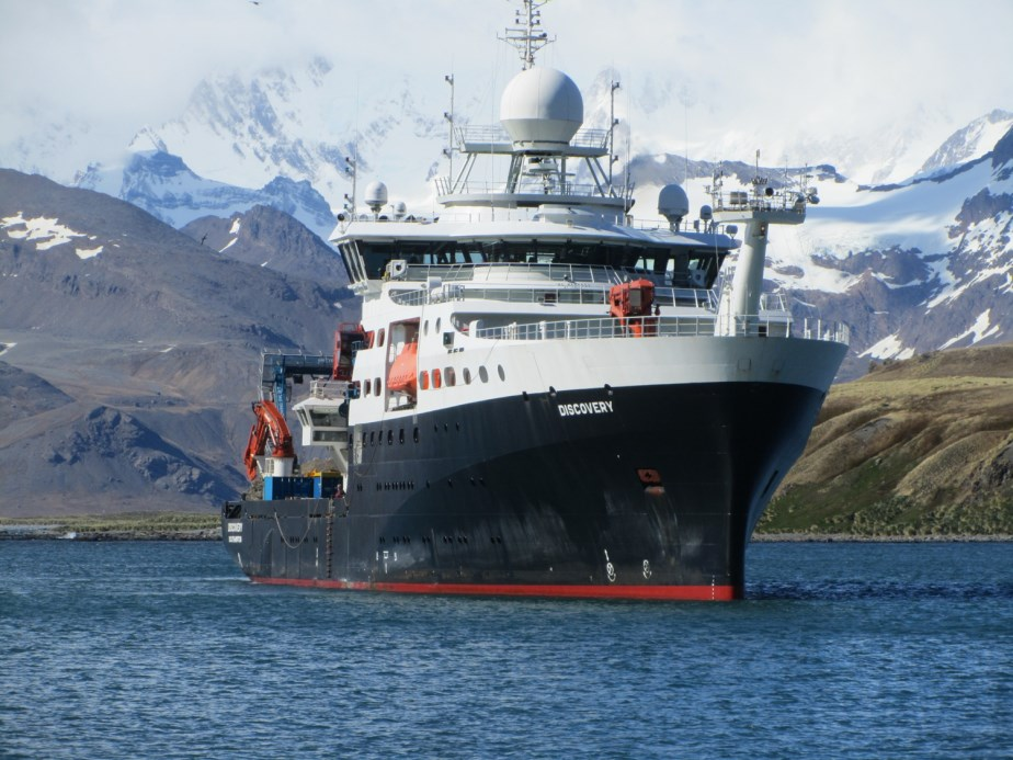 RRS Discovery arrives at South Georgia on the 2nd AMT4SentinelFRM voyage.